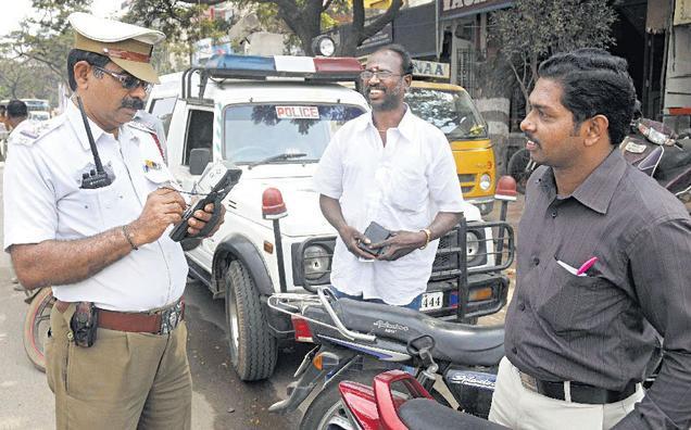 without helmet fine in delhi