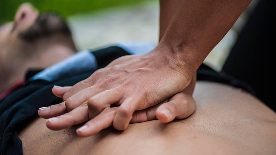 Heart Attack कैसे आता है? लक्षण और बचने के उपाए? Cardiac Arrest क्या होता है? Cardiac Arrest और Heart Attack में अंतर